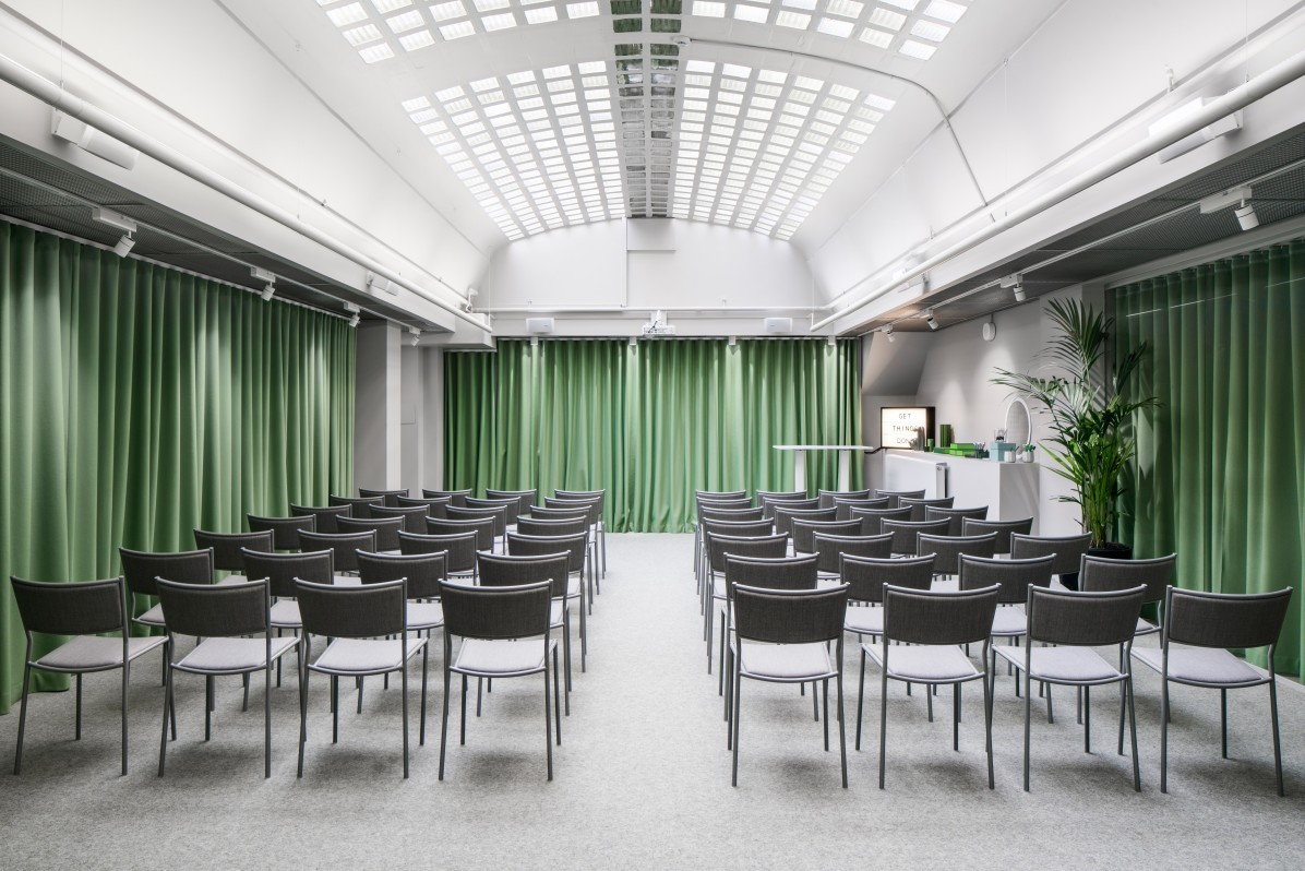 Helio GT30 office hotel and conference rooms