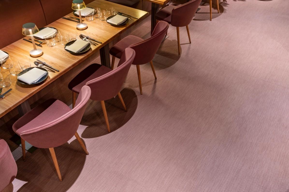 Restaurang Videgård med golv från Bolon.
