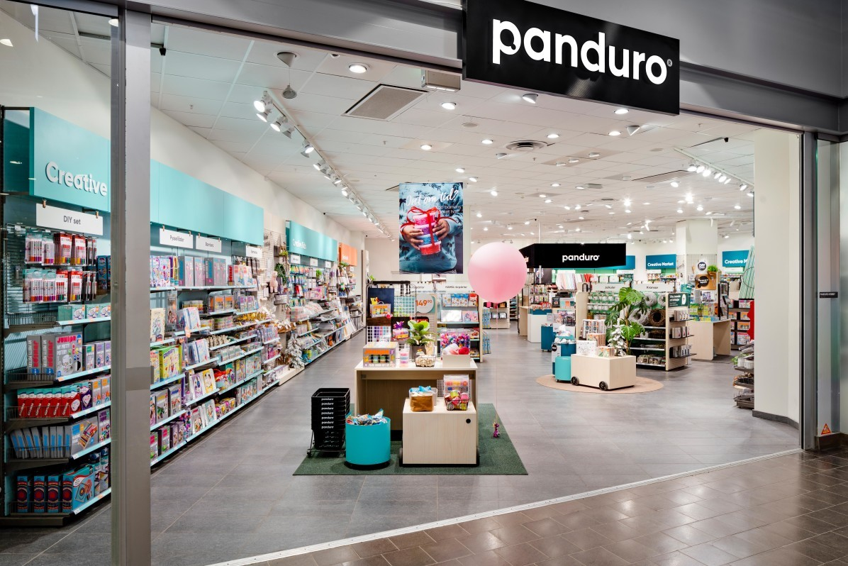 Photographer Mattias Hamrén has photographed the Panduro store in Sickla Köpkvarter.