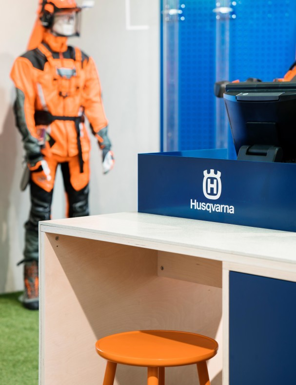 Husqvarna Pop-Up Store in Täby Centrum