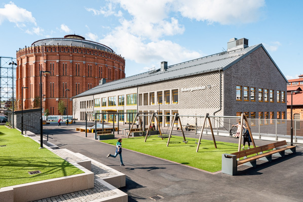 Bobergsskolan by Max Arkitekter. Landscape Architecture by Cedervall Architects.