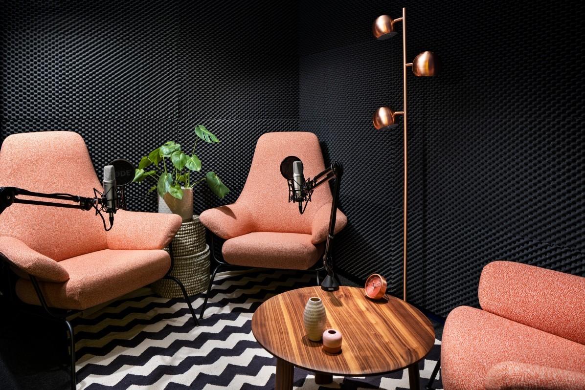 Podcast-studio i Helios kontorshotell på Kungsholmen i Stockholm.
