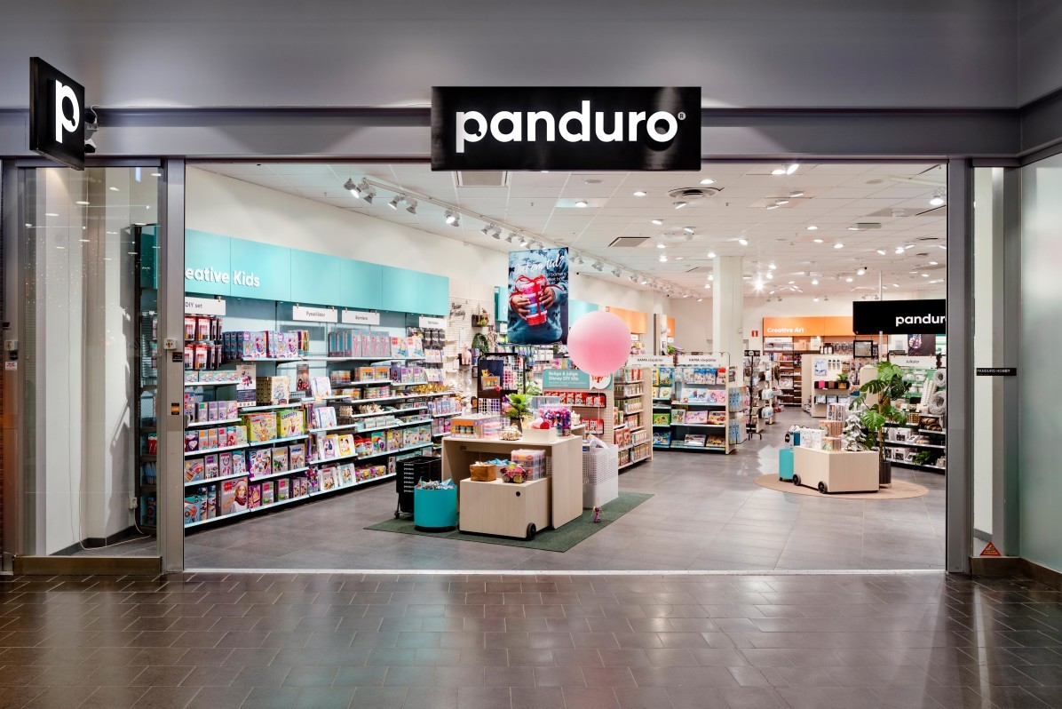 Interior photographer Mattias Hamrén has photographed the Panduro store in Sickla Köpkvarter.